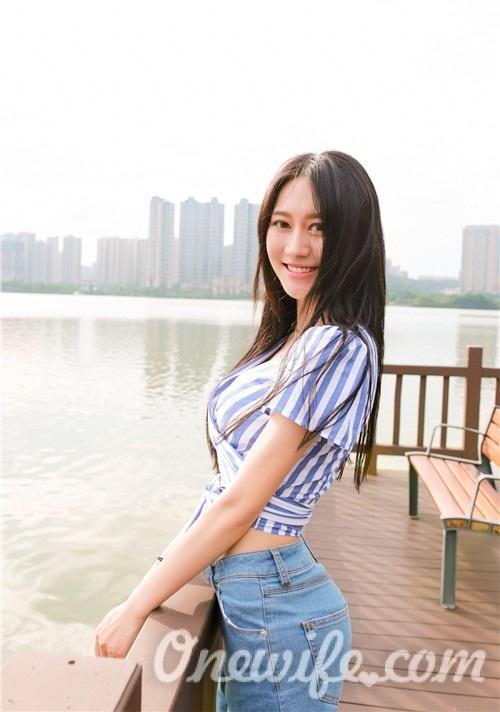 Russian bride Minjun (Junjun) from Nanchang