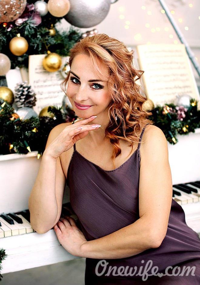 Russian bride Elena from Gvardeysk