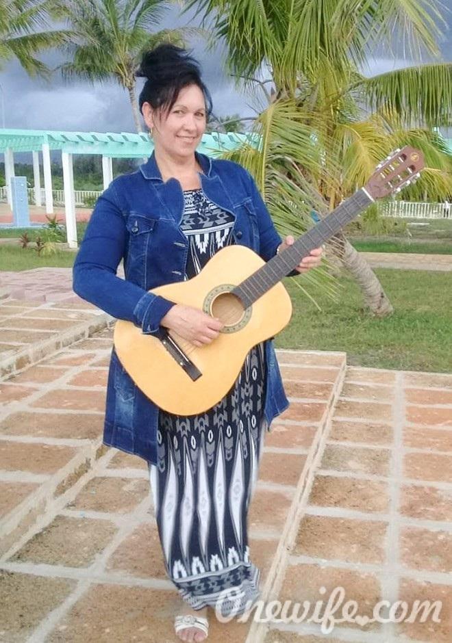 Russian bride Mariela de la caridad from Las Tunas