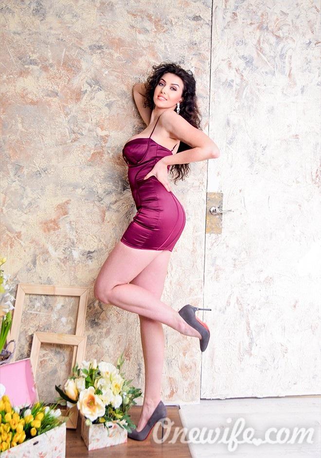 Single girl Svetlana 32 years old