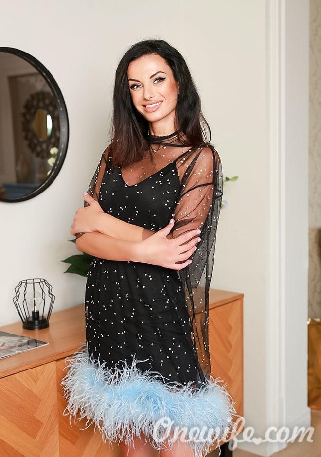 Single girl Vladislava 35 years old